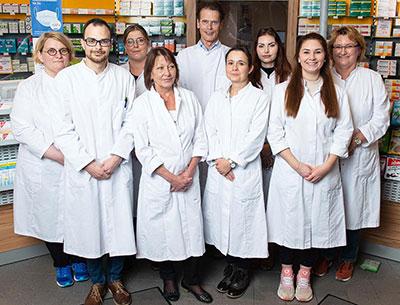 Team der Stadt-Apotheke im EDEKA-Markt